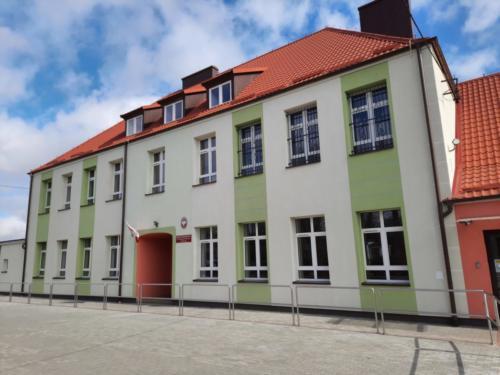 Nowy_budynek_szkoly_2
