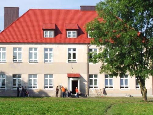 Stary_budynek_szkoly_4